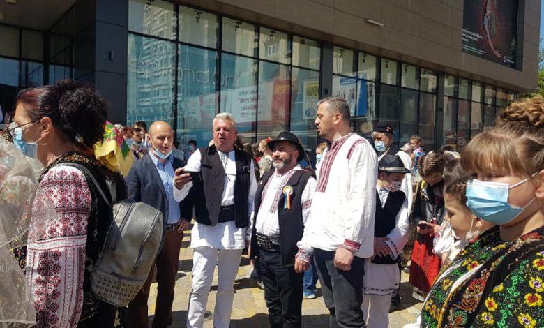Photo of Straie fermecate și sute de oameni minunați și patrioți au promovat astăzi Argeșul Frumos