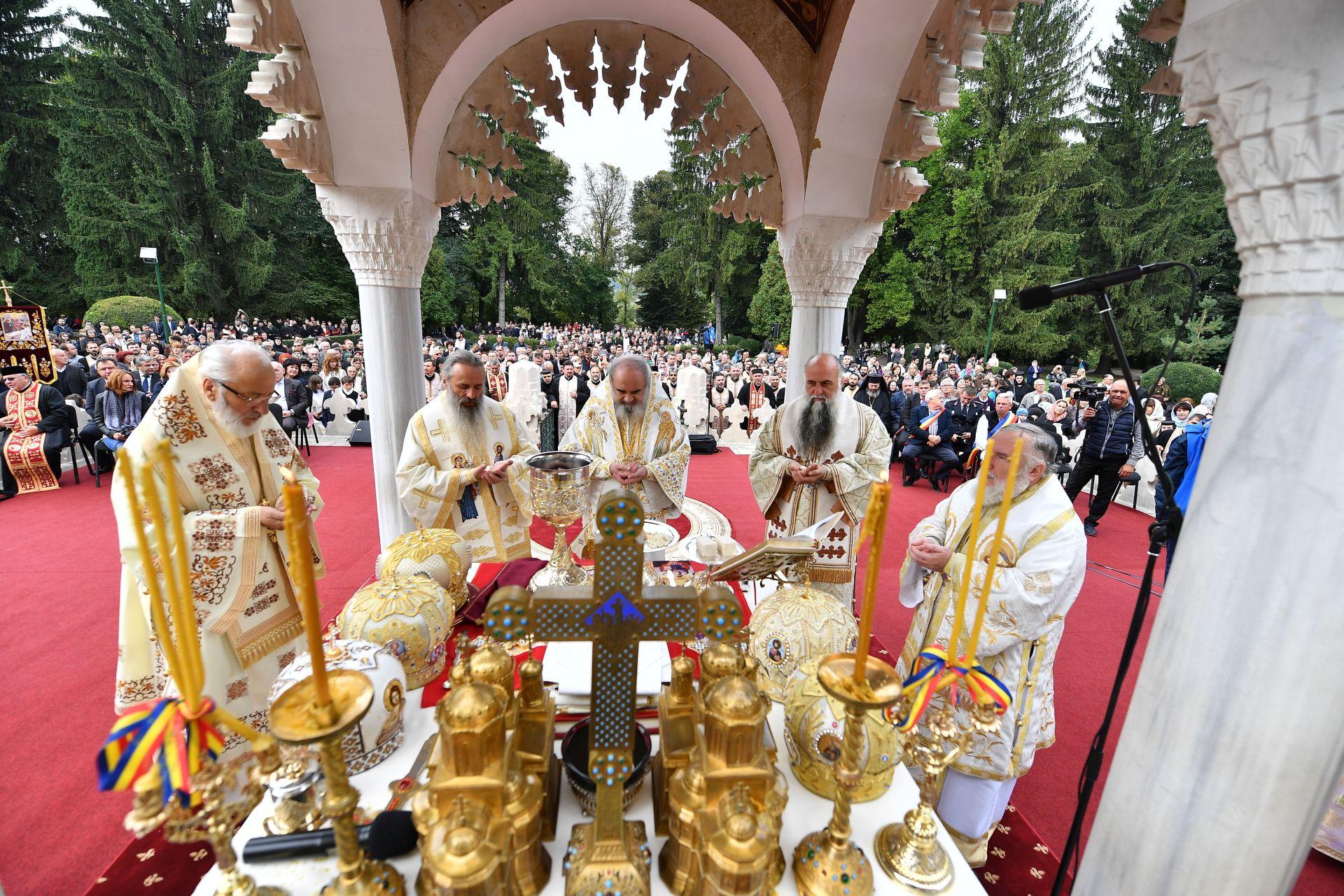 patriarhul romaniei patriarhul daniel curtea de arges 121 74212